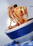 Linguine with caramelized onions and anchovies