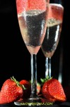 prosecco with strawberries